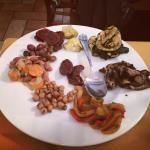 Merenda - melanzane, zucchine, peperoni e legumi