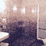 Bagno con super doccia nella stanza del Vescovo