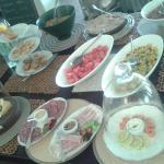 buffet breakfast to follow