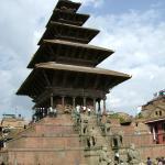 Бхактапур, храм Ньятапола
