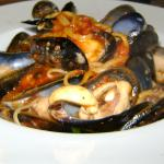 fresh mussels with spagatti pasta