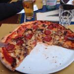 La pizza di hassan top mega giga