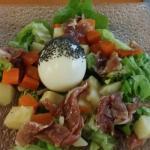 Salade aux petits légumes et oeuf (dans menu du jour à 14€)