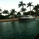 Victoria's Secret supermodel, Adriana Lima's beautiful Miami Beach mansion!