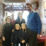 La Familia Real visita Casa Toñi