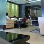 Foto de Hotel Sitara Grand - Banjara Hills