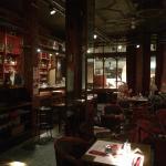 le bar et ses chaises version tabouret