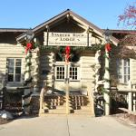 The Main Entrance to Starved Rock Lodge