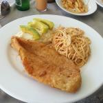 Fish Parmesan with Pasta and Mashed Potatoes (35XCD)