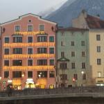 L'hotel visto dal ponte