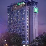 Hotel - Facade from Sudirman CBD