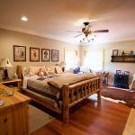 Ozarks Guestroom (Queen)