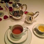 My $18 tea at Epicure just tasted so damn good!