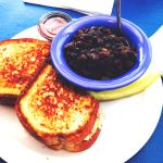 Tuna melt sandwich with black beans & rice