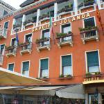 Hotel vor dem Eingang