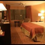 Amplia, limpia y bonita habitación