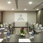 Oaks Liwa Executive Suites - Meeting Room