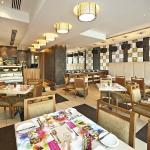 Oaks Liwa Executive Suites - Dining