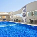 Oaks Liwa Executive Suites - Pool