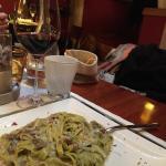 Tagliolini verdi con gorgonzola funghi e speck..una favola