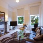 Apartment 2 - Living Room