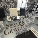 Bild från Swan & Cemetery