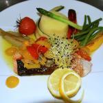 Le pavé de saumon sauce vierge
