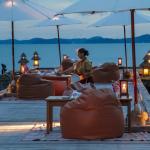 romantic dinner at the pier