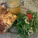 Tarte courgettes/bleu, salade, soupe de butternuts