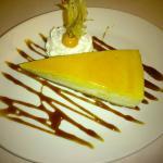Tarta de queso con crema de membrillo de Asador Arizmendi