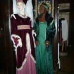 En tenue médiévale pour le dîner !