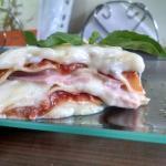 Lasagna Italiana, casera y sabrosa. Imposible comerse solo una.