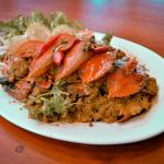 Poo Phad cari (Sitr-fired crab with curry)