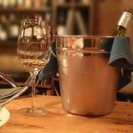Гастробар, хороший выбор вина, авторская кухня