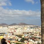 One part of the tour: on the hills you can see the vastness of Las Palmas :)
