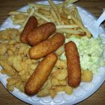 Shrimp platter with cole slaw and french fries