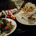 Late night jazz and treats at Michael's Valley Grill.