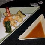 TEMPURA friture aux crevettes, poisson et légumes