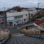 JR百舌鳥駅横の歩道橋から見た陵