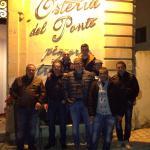 Dopo una cena fantastica in compagnia ci voleva la foto ricordo!!!!