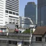 Вид с балкона (контрасты Бангкока)