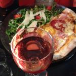 1/2 pizza / salade