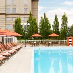 Grand Hyatt Atlanta Seasonal Outdoor Pool