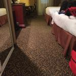 Nice rooms with clean carpet and comfortable beds