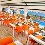 Sala ristorante con terrazzo sul mare