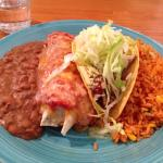 Mexican mezcla!  Tasty, really good value for money. Best Mexican meal I have ever had. Staff we