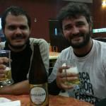 Ótima comida e cerveja local.