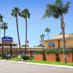 The Howard Johnson San Diego SeaWorld/Airport is located at 3330 Rosecrans Street in San Diego.