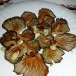 Kanarische gegrillte Pilze mit Knoblauch