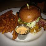 big kahuna cheeseburger